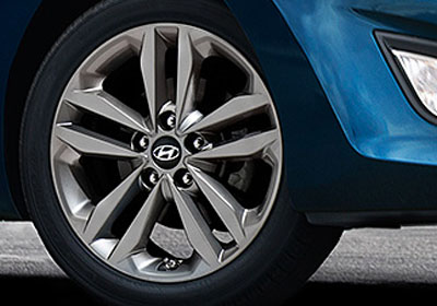 All-new 17-inch Alloy Wheels